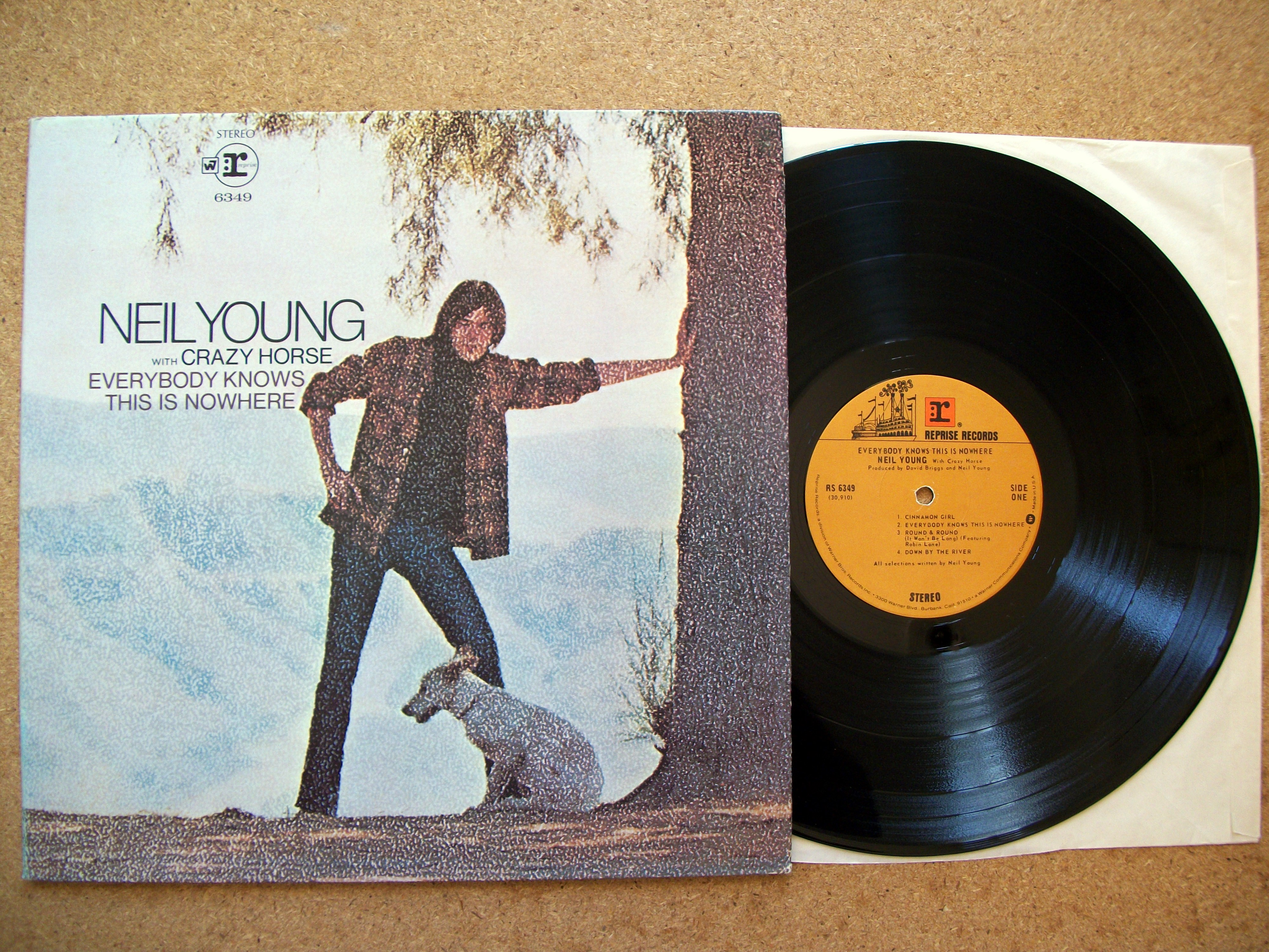 Sinister Vinyl Collection Neil Young Everybody Knows