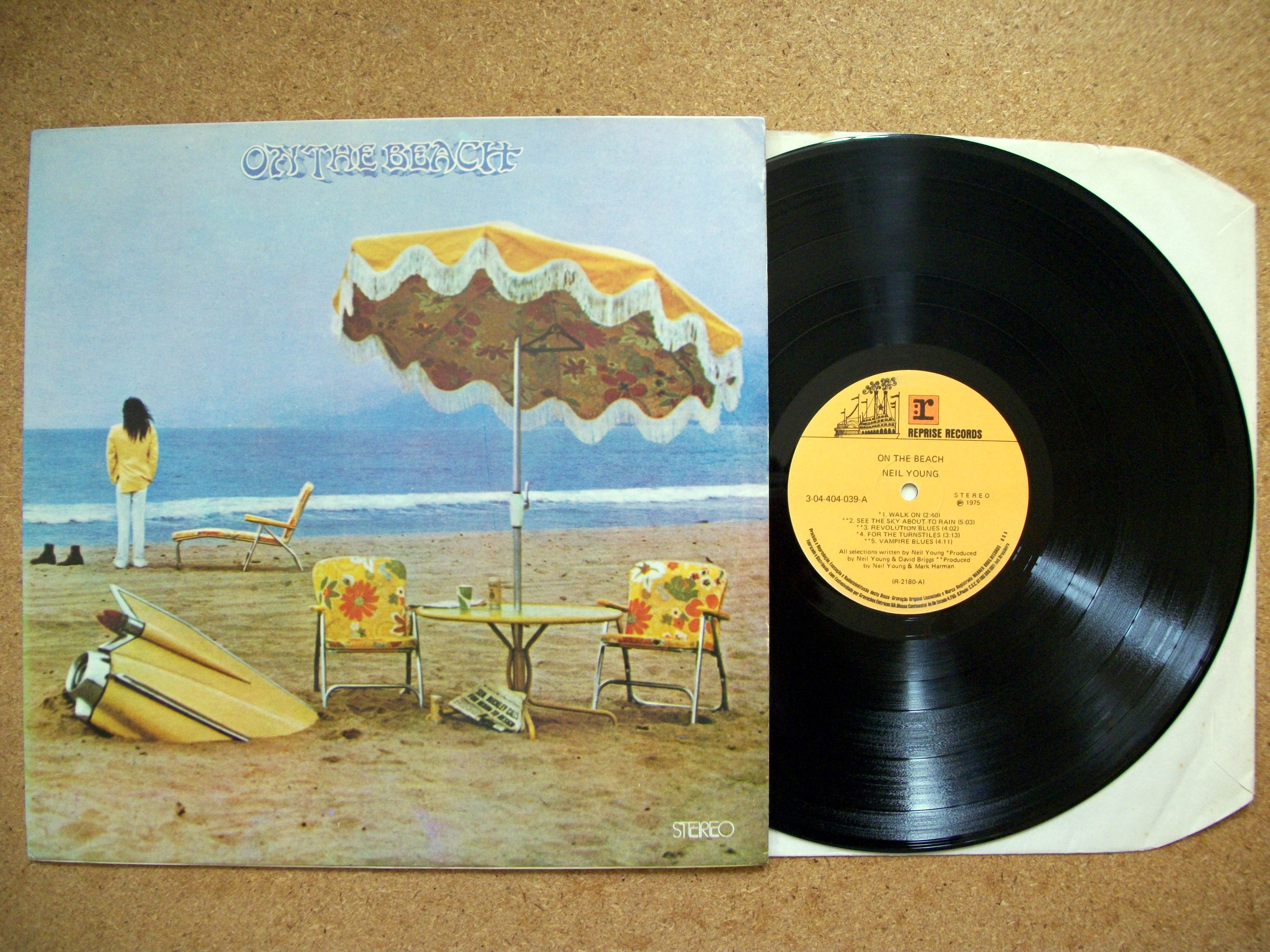 Sinister Vinyl Collection Neil Young On The Beach 1974